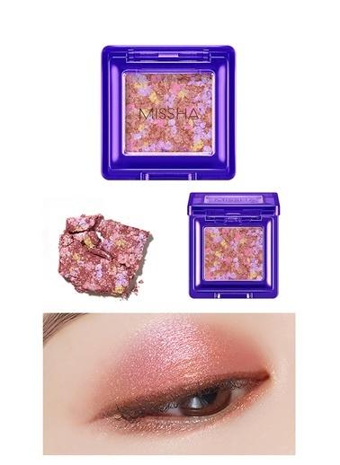 Missha Yoğun Pigmentli Parıltılı Metalik Tekli Far Mıssha Glitter Prism Metal (No.2) Renksiz